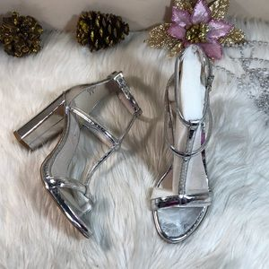 Kenneth Cole NY Metallic Leather Sandals 7.5M
